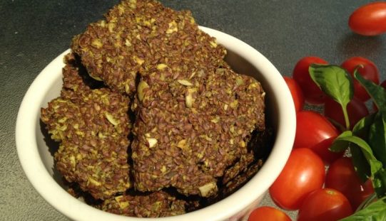 Raw Food Recipes for Beginners – Homemade Flax Seed Crackers