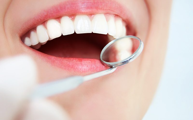 Get In Touch With The Right Clinic For Best Teeth Whitening Treatment Corby